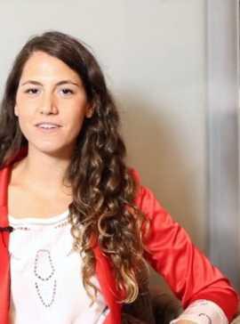 #RedShoeTuesday Carla Bianchi