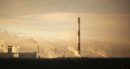 Las emisiones de CO2 cayeron un 5,8 % en 2020, pero ya subían en diciembre