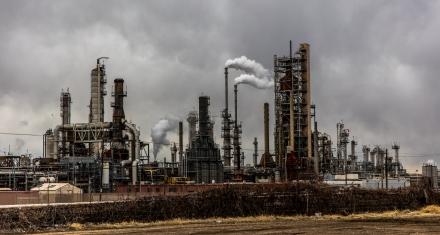 """Lagarde advierte de que """"el cambio climático es un desafío urgente y grave"""""""