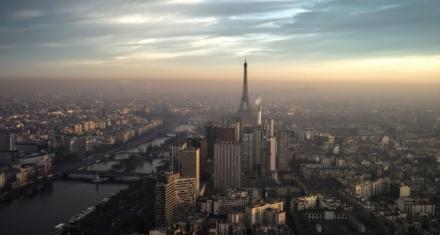 Por pico de ozono París prohíbe circular al 20% de vehículos contaminantes