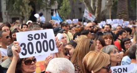 Argentina: Una multitud marchó en el Día de la Memoria