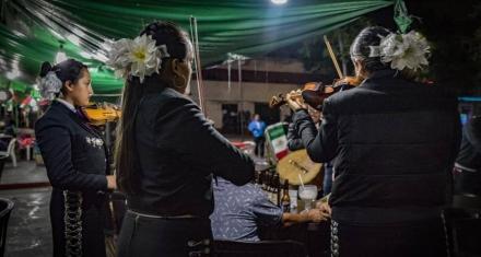 México: Las mujeres abren la grieta del machismo en el mundo de los mariachis
