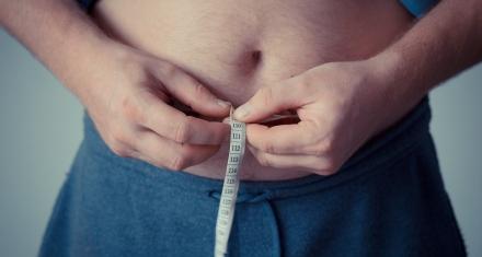 Estudio descubre que la grasa se acumula en los pulmones de las personas con obesidad