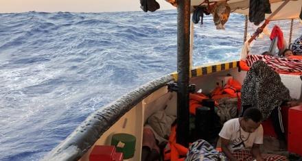 Francia, Alemania y España acceden a acoger a una parte de los migrantes del
