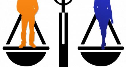 ¿Por qué las mujeres argentinas están más formadas y ganan menos que los hombres?