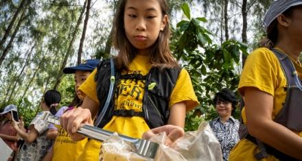 Adolescente de 12 años se propuso terminar con el plástico en Tailandia