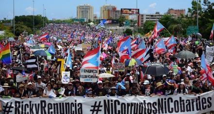 El reclamo de miles de puertorriqueños por la renuncia del gobernador