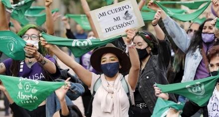 Ministerio de Salud retira concepto que equiparaba al aborto con el genocidio