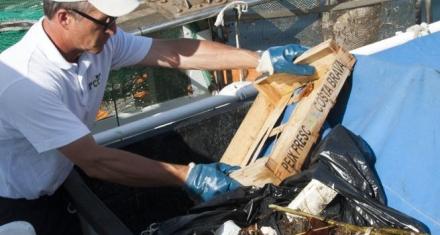 En las zonas cercanas a Barcelona, la basura ocupa casi el 40% de las redes de pesca
