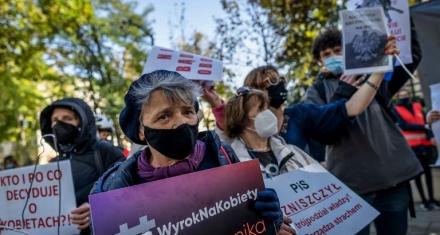 Polonia: Declaran inconstitucional el aborto por malformación fetal