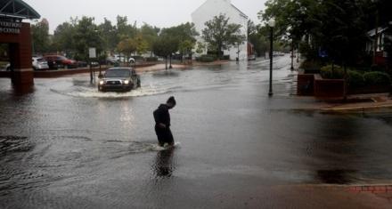 Florence toca tierra en la costa sureste de Estados Unidos como ciclón de categoría 1