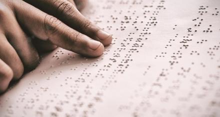 Colombia: Mujeres ciegas ayudan a detectar el cáncer de mama