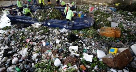 Tailandia: La avalancha de plásticos y mascarillas que deja el covid-19