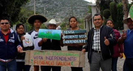 """Candidato a alcalde mexicano hace una """"campaña reciclada"""""""