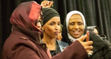 Ola feminista: Presencia histórica de mujeres en el Congreso de Estados Unidos