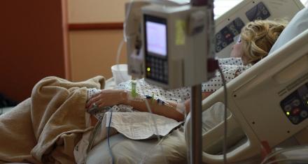 Una mujer en estado vegetativo dio a luz en una clínica de Phoenix