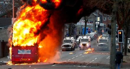Aumenta el conflicto en las calles de Belfast con el Brexit