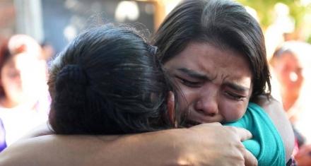 El Salvador: La justicia absuelve a joven encarcelada por intento de homicidio tras parto espontaneo