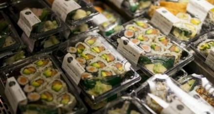 Reino Unido en guerra contra el plástico en los supermercados
