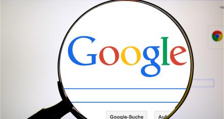 Google escucha conversaciones privadas en español y portugués