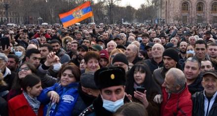 Armenia está envuelta en una crisis sin precedentes