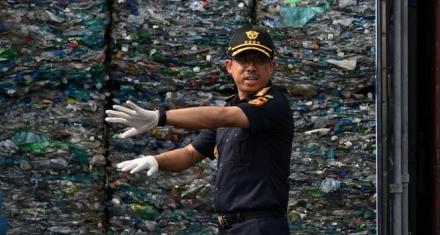 Indonesia repatría 547 contenedores de basura a países ricos