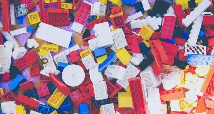 Lego promete usar materiales reciclados en 2030