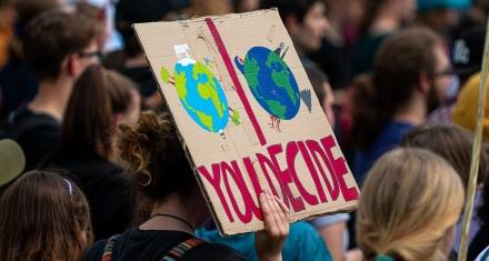 Líderes mundiales se comprometen a detener la destrucción desenfrenada de los ecosistemas