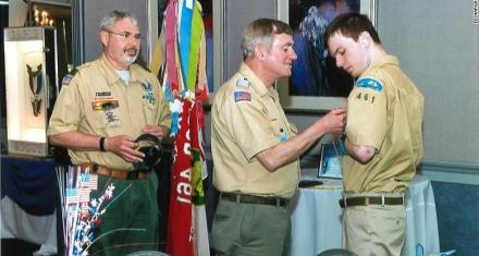 Estados Unidos: Un boy scout con autismo no verbal alcanzó el rango más alto
