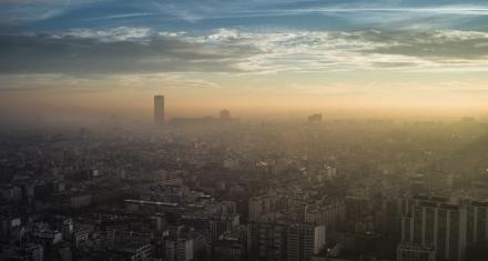 Las muertes prematuras en la UE por calidad del aire caen un 54 % en un decenio