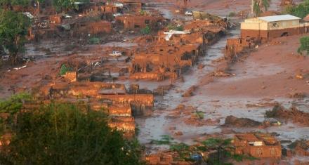 Brasil: Ordenan cerrar las presas mineras similares a la que causó la tragedia