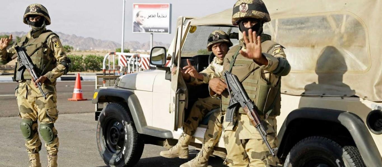 Soldados-egipcios