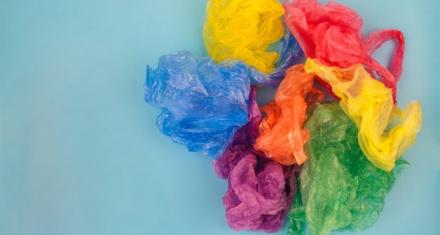 Nuevo plástico capaz de reciclarse una y otra vez