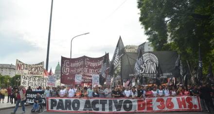 Argentina: Marcha de organizaciones sociales y sindicatos contra aumento de tarifas