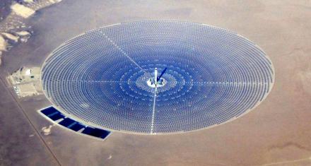 Planta solar de mil millones de dólares que quedó obsoleta antes de funcionar