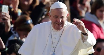 En una entrevista, el Papa Francisco reafirmó sus posturas contra la interrupción del embarazo y la homosexualidad