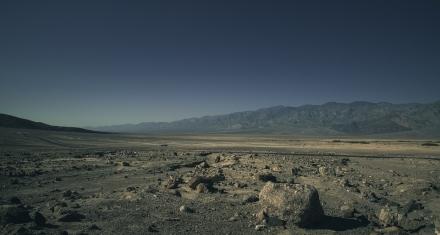La atracción entre el sol y la luna influyen en la dinámica del CO2 en zonas áridas