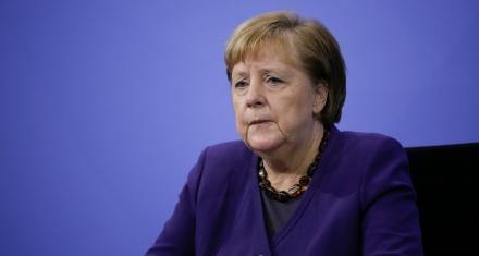 Angela Merkel, prometió este lunes 100 millones de euros adicionales para el Fondo de Adaptación Climática