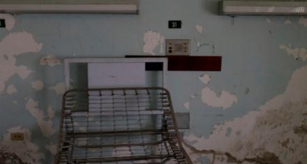 Venezuela: Hospitales sin medicinas, luz ni agua