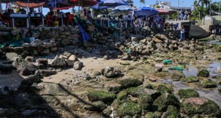México: El mar se retrajo en las playas de Acapulco