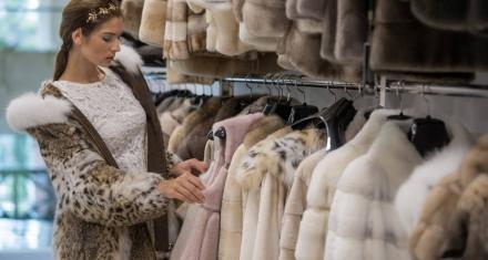USA: prohíben la venta de ropa y productos hechos con animales