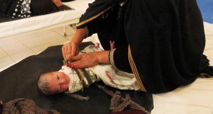Afganistán: Médicos sin Fronteras creó un hospital donde se producen 90 partos diarios