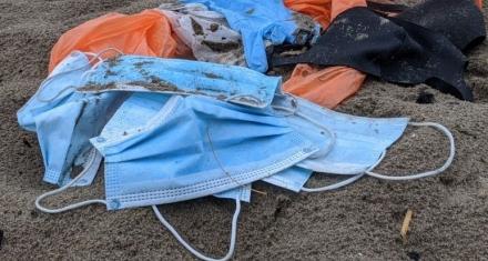 UK: Disposable masks 'causing enormous plastic waste'