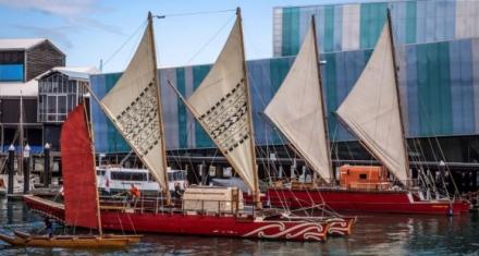 """A bordo de un """"Waka Hourua"""" expedicionarios concienciaran contra el cambio climático"""