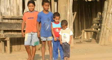 Los niños colombianos siguen sufriendo a pesar del proceso de paz