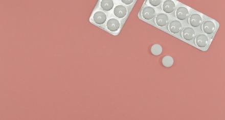 Nuevo informe relaciona las dosis bajas de aspirina con el sangrado en el cráneo