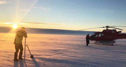 Hallan grandes lagos profundos en la Antártida