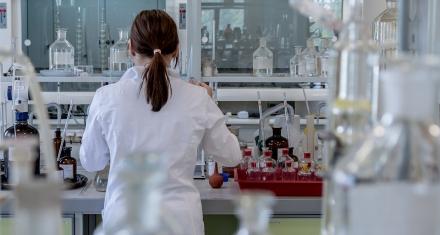 VIH: Nuevos ensayos demuestran que se puede controlar el virus con inyecciones mensuales