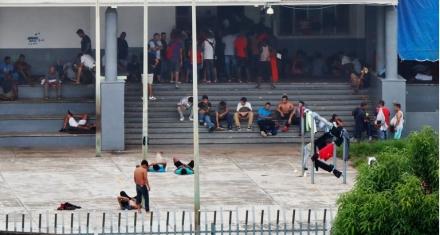 Las pésimas condiciones en las que viven los migrantes en el centro de detención Siglo XXI