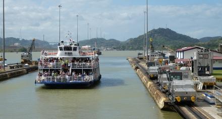 El Canal de Panamá estudia la desalinización para garantizarse el agua